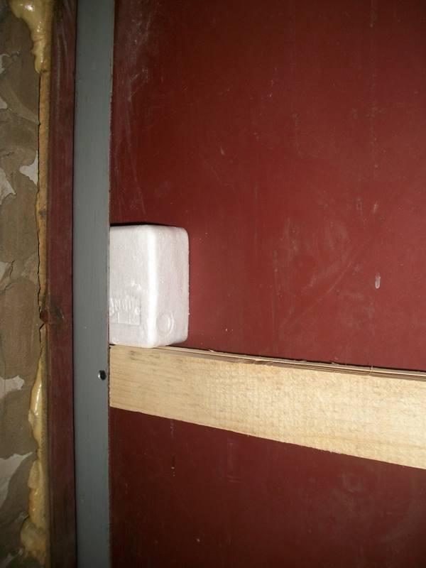 теплоизоляция входной двери от