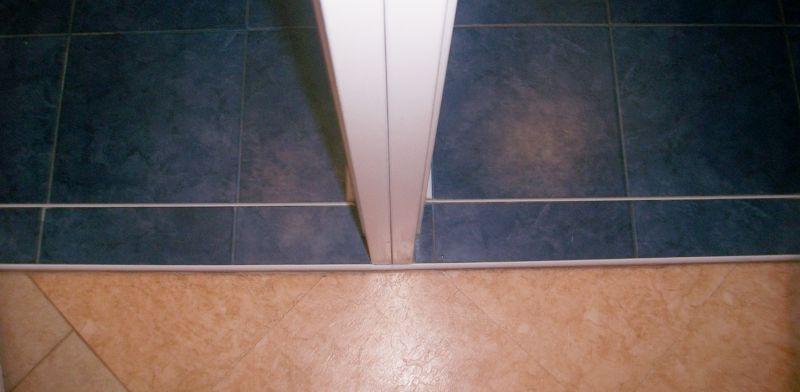Как сделать порог для ванной комнаты 780